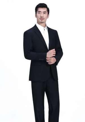 为什么定制男士西装的后面要开叉?