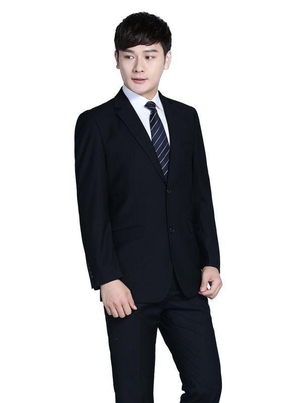 北京西装定制专家提示您;判定一套定制西服的好坏要从这些地方入手。